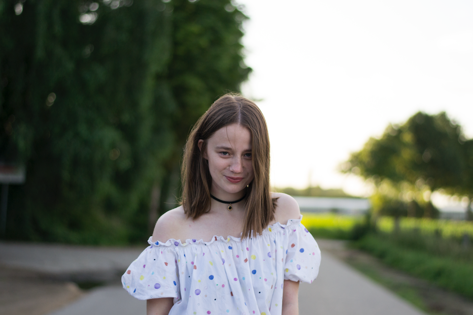 ootd, outfit, & Other Stories, Vika Gazinskaya, Jeans, Flare, Stan Smith , off shoulder