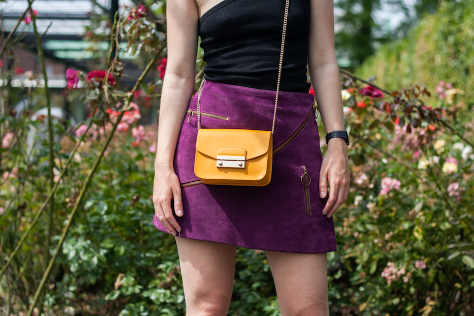 ootd, outfit, black, top, one shoulder, purple, skirt, Furla, yellow