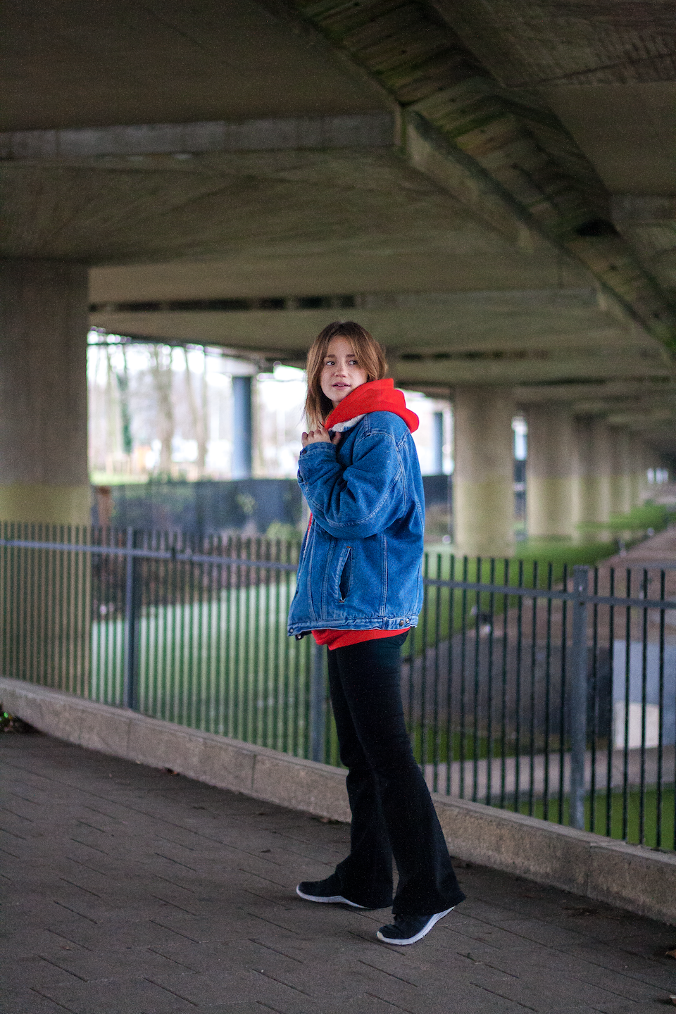 Hoodie, red, Levi's, vintage, sweatshop free, Weekday, ootd